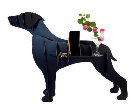 """""""My Dog"""" chegou ao mercado com intuito artístico de escultura, apoio, floreira, revisteiro e até mesmo, um elegante porta guarda- chuva."""