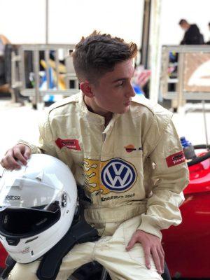 O sonho de ser tornar campeão no automobilismo