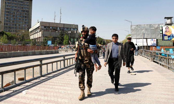 Talibãs retomam o poder no Afeganistão
