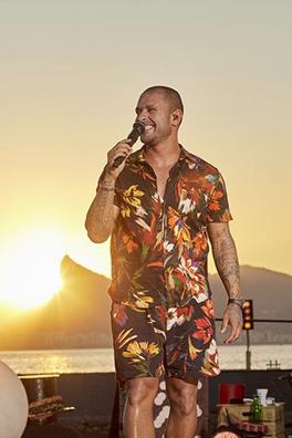 """Diogo Nogueiracom o espetáculo """"Samba De Verão"""""""